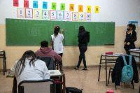 Más de 73.000 estudiantes secundarios vuelven a la presencialidad en agrupamientos completos