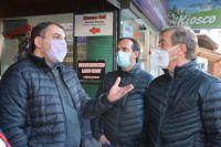 Dialogando con los vecinos de la Cordillera, Aníbal Tortoriello empezó su campaña