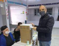 Martín Doñate emitió su voto en la Escuela N° 11 de Luis Beltrán