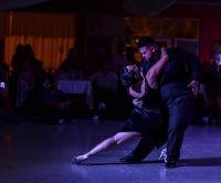 Una rionegrina y un neuquino van en busca del campeonato de baile en el Festival y Mundial de Tango de Buenos Aires 2021